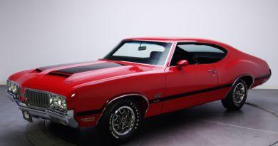 car vehicle red cars sports car coupe sedan oldsmobile 442 land vehicle automotive design automotive exterior automobile make muscle car full size car 220345